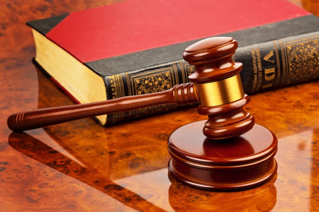 помощь опытного юриста в суде хочу сам