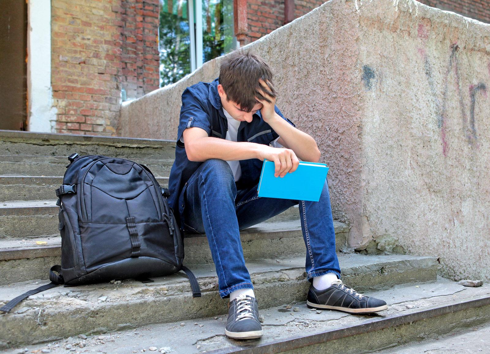 Изображение - Порядок прописки в квартире с долевой собственностью bigstock-Sad-Student-With-The-Book-74409502-1