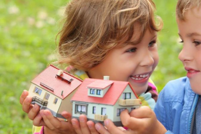 Можно ли и как выделить долю ребенку в другой квартире